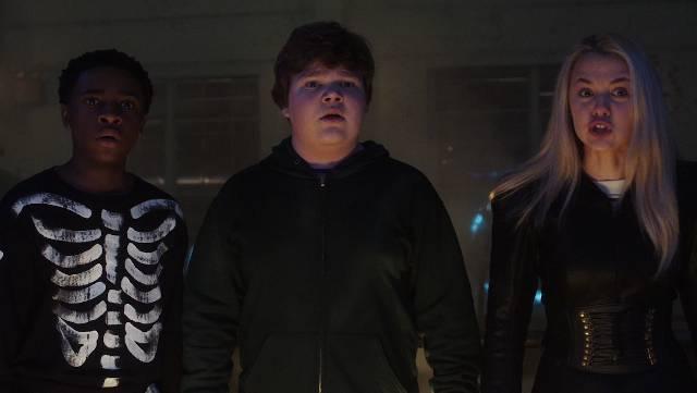 watch GOOSEBUMPS 2: HAUNTED HALLOWEEN trailer